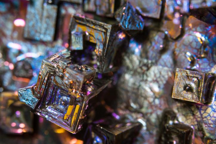 bismuth alloy closeup