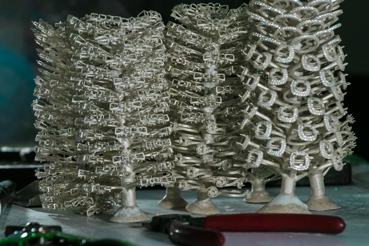 jewelry on casts